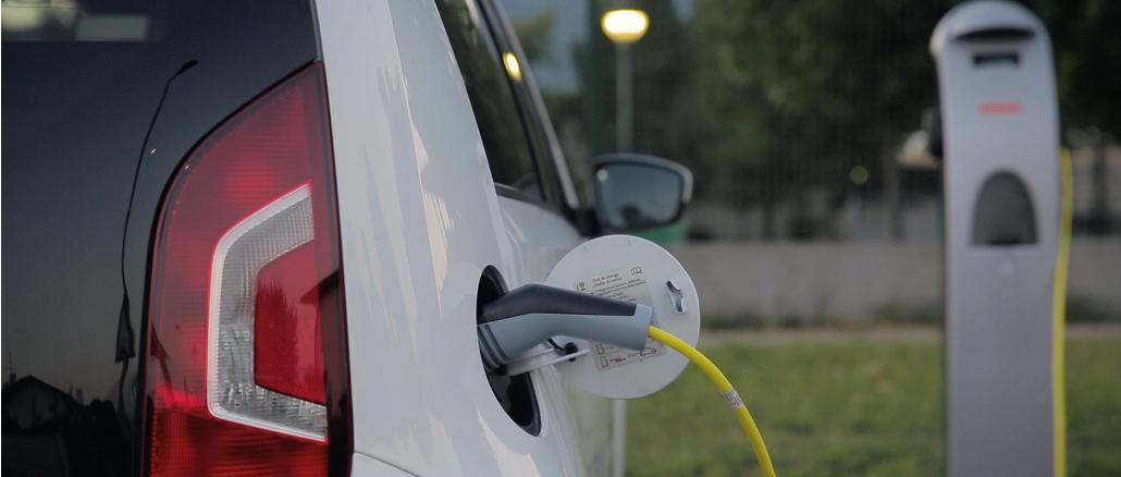 Ricarica dei veicoli elettrici: le linee guida dei Vigili del Fuoco